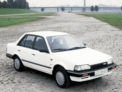 1986 Mazda 323 sedan ( BF ) 1