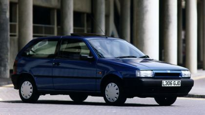 1993 Fiat Tipo 3-door - UK version 7