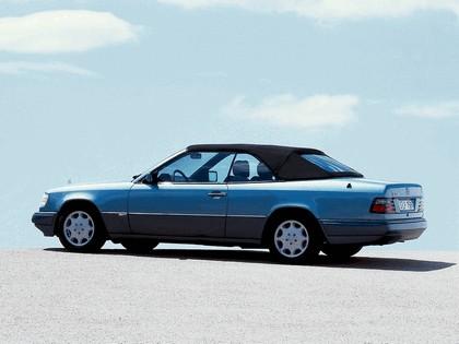 1993 Mercedes-Benz E220 ( A124 ) cabriolet 18