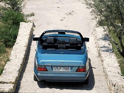 1993 Mercedes-Benz E220 ( A124 ) cabriolet 22