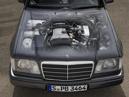 1993 Mercedes-Benz E220 ( A124 ) cabriolet 27