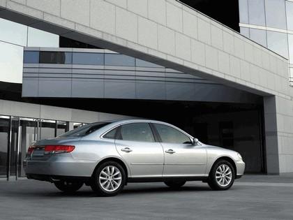 2005 Hyundai Grandeur V6 11