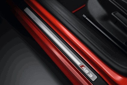 2010 Audi RS3 Sportback 16