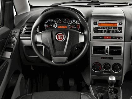 2010 Fiat Idea Sporting 23
