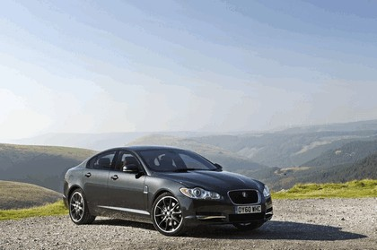 2010 Jaguar XF BlackPack - UK version 2