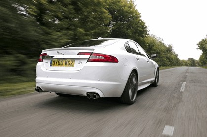 2010 Jaguar XF BlackPack - UK version 6