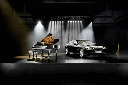 2010 BMW 7er Individual - Composition inspired by Steinway & Sons 2