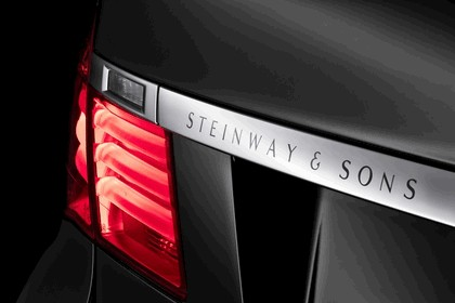 2010 BMW 7er Individual - Composition inspired by Steinway & Sons 8