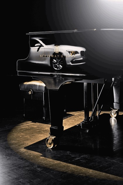 2010 BMW 7er Individual - Composition inspired by Steinway & Sons 10