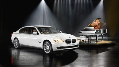 2010 BMW 7er Individual - Composition inspired by Steinway & Sons 3