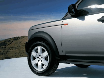 2005 Land Rover LR3 11