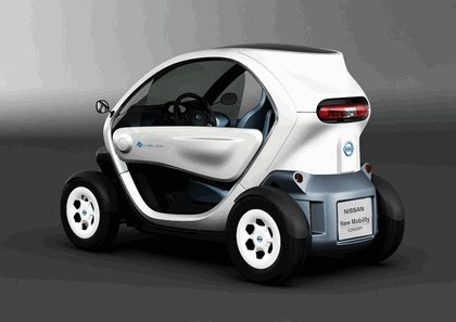2011 Nissan New Mobility concept 2