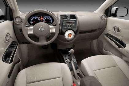 2011 Nissan Sunny 5