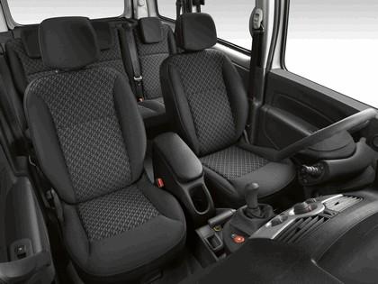 2011 Renault Kangoo 6