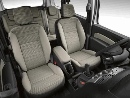 2011 Renault Kangoo 8