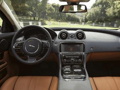 2010 Jaguar XJL ( X351 ) - USA version 14