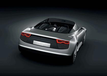 2010 Audi e-tron Spyder concept 2