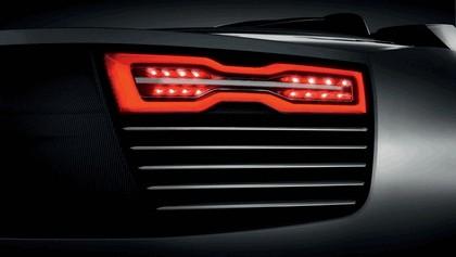 2010 Audi e-tron Spyder concept 4