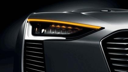 2010 Audi e-tron Spyder concept 5