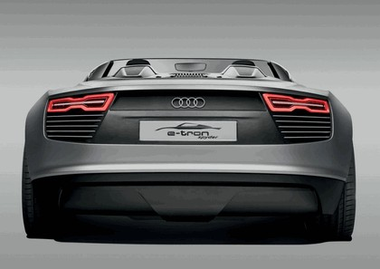 2010 Audi e-tron Spyder concept 13