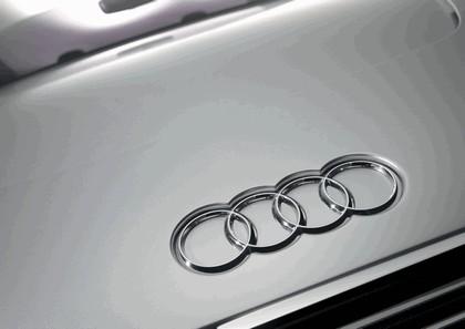 2010 Audi e-tron Spyder concept 15