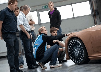2010 Audi e-tron Spyder concept 21