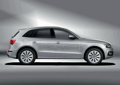 2010 Audi Q5 hybrid quattro 2