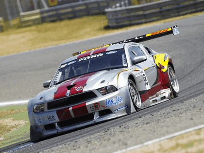 2010 Ford Mustang GT3 5