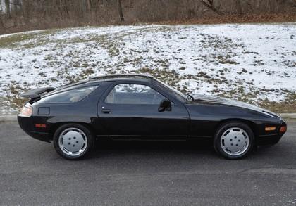 1987 Porsche 928 S4 8