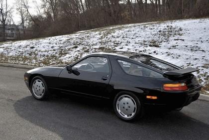 1987 Porsche 928 S4 9