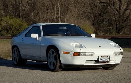 1987 Porsche 928 S4 13