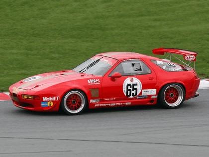 1990 Porsche 928 GT2 1