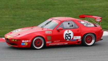 1990 Porsche 928 GT2 7