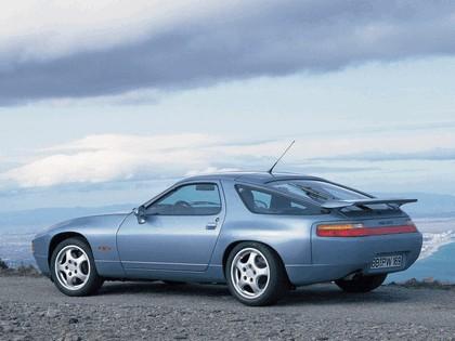 1992 Porsche 928 GTS 2