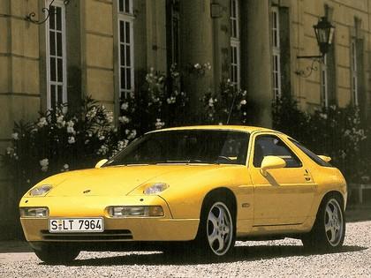 1992 Porsche 928 GTS 3