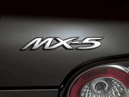2005 Mazda MX-5 12