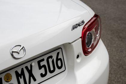 2005 Mazda MX-5 39