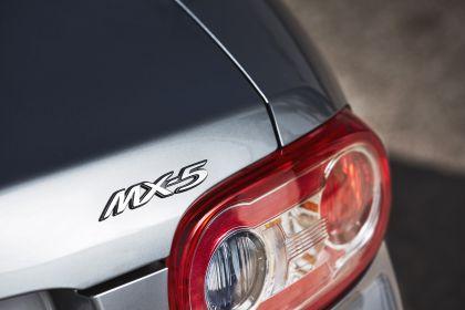 2005 Mazda MX-5 64