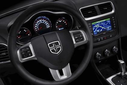 2011 Dodge Avenger 12