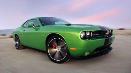 2011 Dodge Challenger SRT8 392 Green with Envy 8