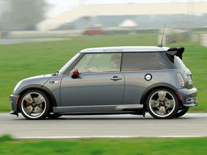 2005 Mini Cooper S with John Cooper Works GP Tuning Kit 12