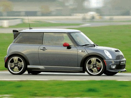 2005 Mini Cooper S with John Cooper Works GP Tuning Kit 13
