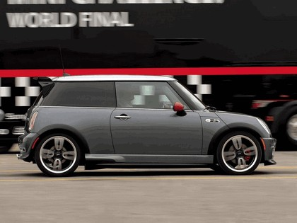 2005 Mini Cooper S with John Cooper Works GP Tuning Kit 16