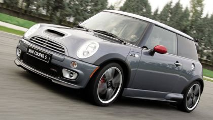 2005 Mini Cooper S with John Cooper Works GP Tuning Kit 4