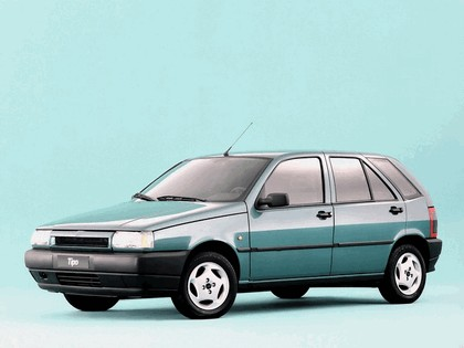 1993 Fiat Tipo 5-door 3