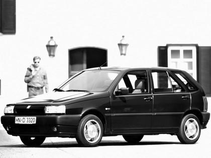 1993 Fiat Tipo 5-door 4