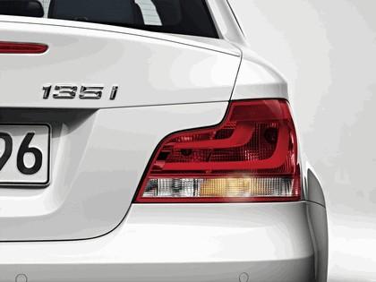 2011 BMW 1er coupé 11