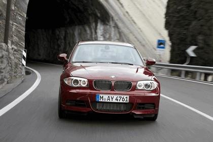 2011 BMW 1er coupé 24