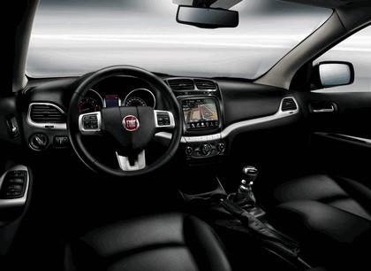 2011 Fiat Freemont 8