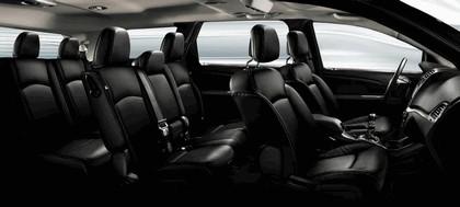 2011 Fiat Freemont 9